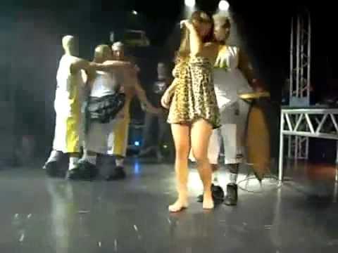 Putaria geral no palco do baile