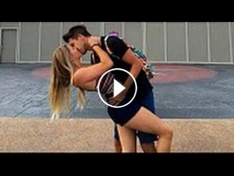 BEIJOS COM PEGADA BEIJANDO MULHERES DESCONHECIDAS SUPER GATAS NA RUA - Best Kissing 2016 HQ