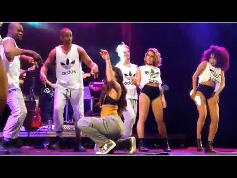 Anitta - Medley de Funk - OktoberFest 2017