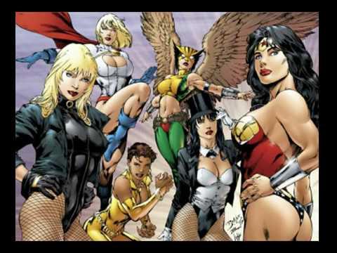 Top 12 mulheres mais gatas da DC COMICS