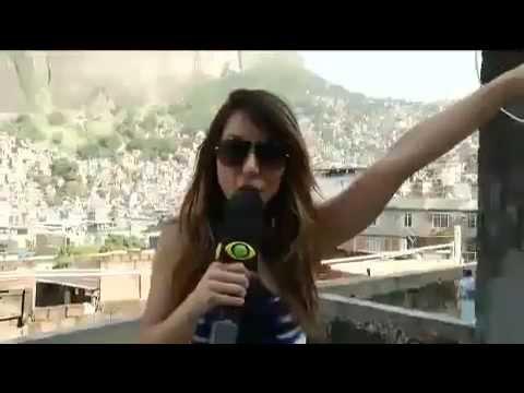 Pânico na Band Sabrina sobe a Rocinha em busca do Funk Zica da comunidade 02 06 2013