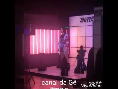 Bruna Marquezine dançando funk 3