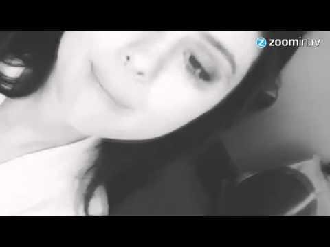 Selena Gomez provoca os fãs com foto nua