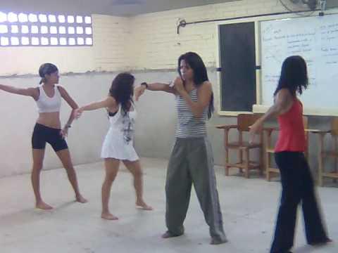 Grupo DIVAS - I Hate This Part Ensaio
