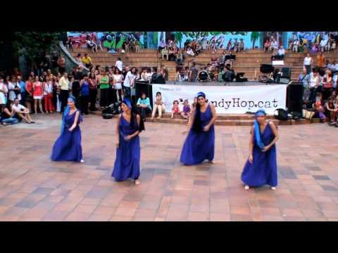 LindyHop cat - Festa Fi de Curs 2011 - DANSA ORIENTAL CONTEMPORÀNIA