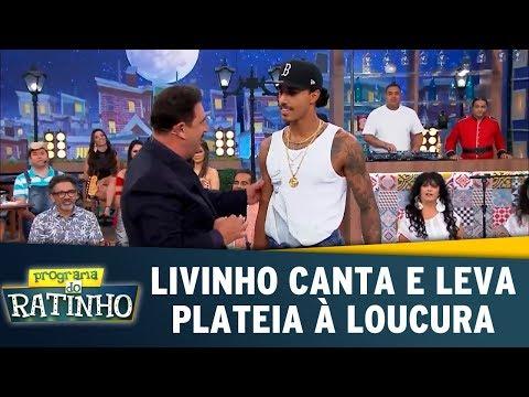 Livinho canta e leva plateia à loucura Programa do Ratinho 01 11 17