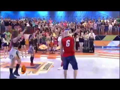 legendarios MC 2K transforma o Legendários em um baile funk 02 08 2014 mircmirc
