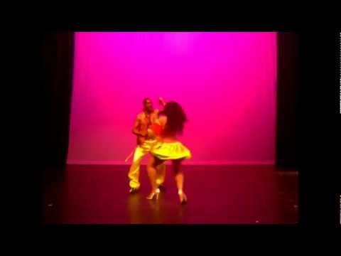 Dancarinas Tropicais Lambada part of Carmen Miranda Show