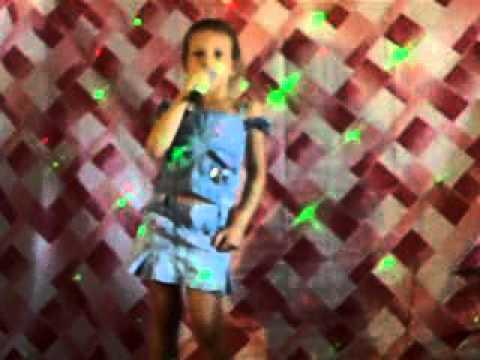 CHICLETINHO SARA SABRINA DANÇA E CANTA youtube