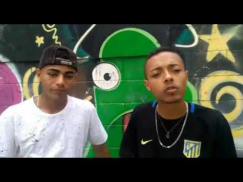 MC Muniz & MC Luan SP - Respeita a Favela Medley 2018