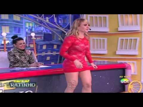 Valentina mostra a buceta no programa do ratinho
