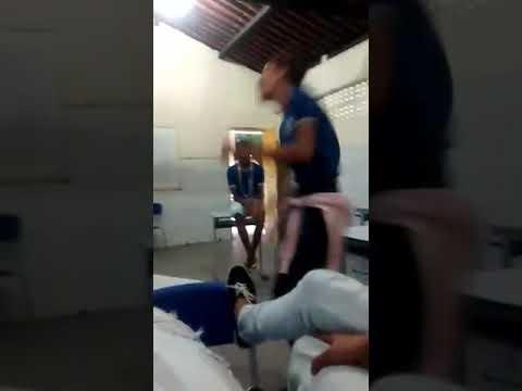 Novinha metendo dança