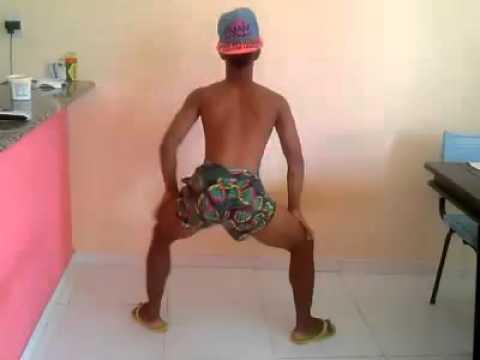 gay dança muito