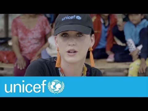 Katy Perry bonds with children in Vietnam UNICEF