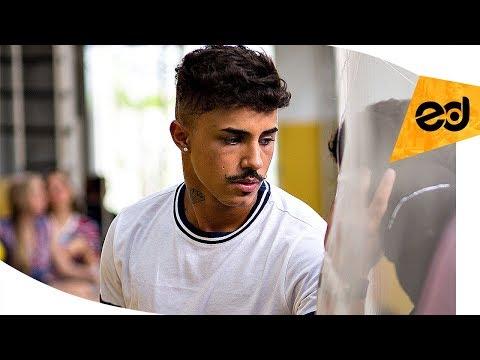 MC Livinho - Rabuda DJ LK Lançamento 2018