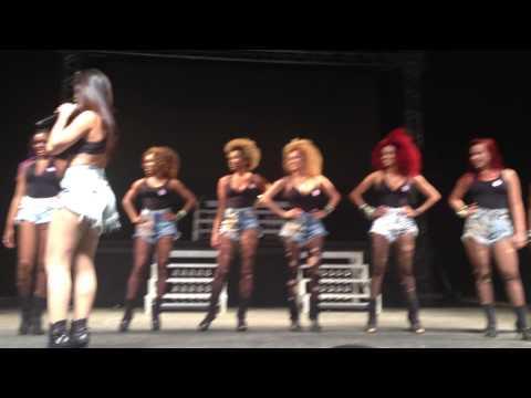 Anitta - Medley Funk parte 2 @ Show das Poderosas Tour - Citibank Hall - 11 10 13