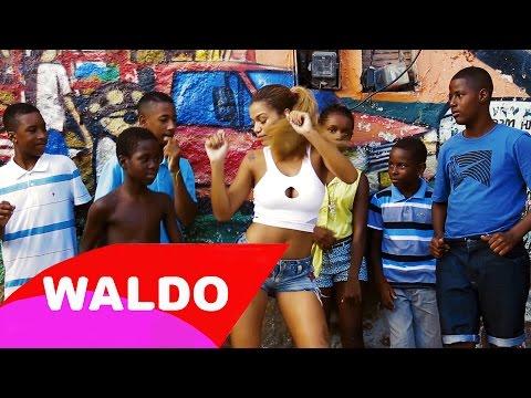 MC Sabrina Aquecimento do Trenzinho By Waldo Moura