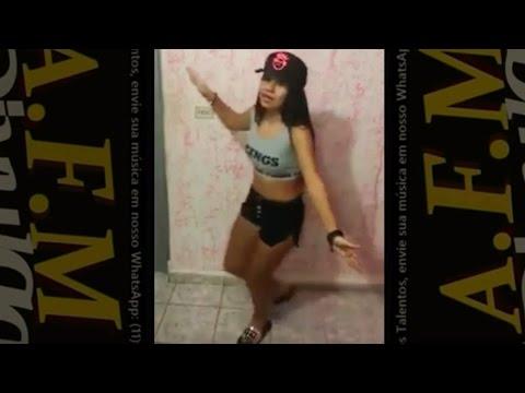Carolinne Silver Dançando Funk - Desce com a Raba A F M Divulga