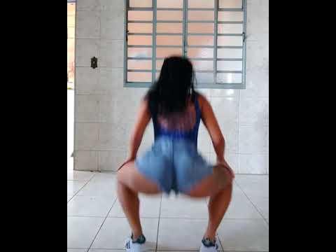 Tamara Dias dançando - MC Mirella - Toma Bumbum
