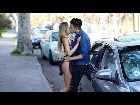 Beijando mulheres gatas nova de hot girls de Uber - Beijos com pegada - best Kissing Pranks Of 2018
