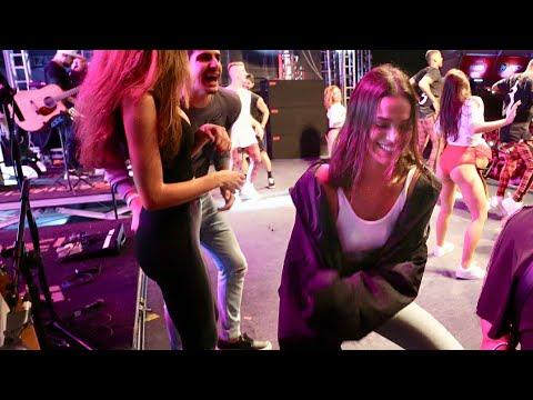 Bruna Marquezine Dançando no show da Anitta _ SertanejoinRioFestival
