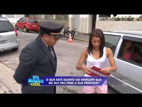 SBT Domingo Legal MC Gui realiza sonho de mais uma princesa