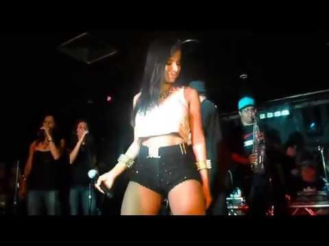 MC Anitta - Show Medley Funk HD 720p