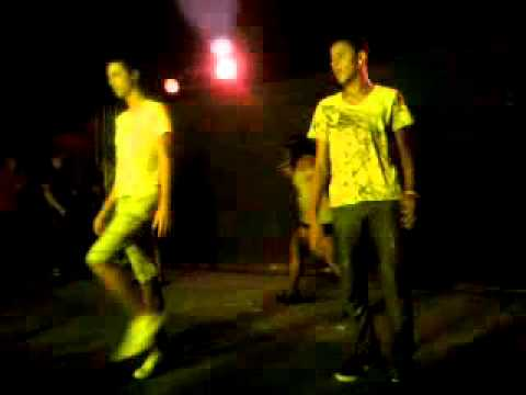 Mc Kátia - De Cabeça Pra Baixo gays no Palco FURACAO 2000