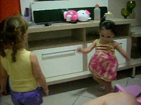 Meninas dançarinas