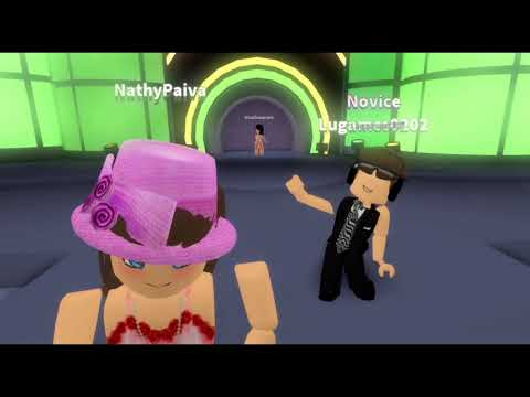 Roblox - Dançando com Amigas no Dance Off - Ft Lulu Alice Graupner e o Cauê do BaixaMemoria
