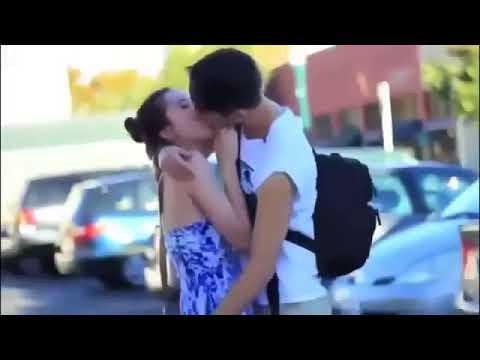 Os Diverssos Beijos De Lingua Na Boca Beijando Mulheres Super Gatas best Kissing Pranks Of 2018