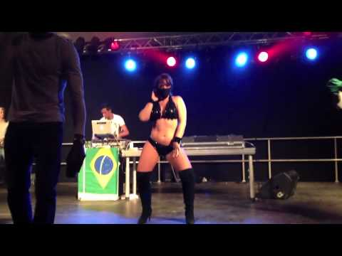 Salsaevents dk dances Baile Funk with Bruno Costa at Copenhagen Carnival 2012