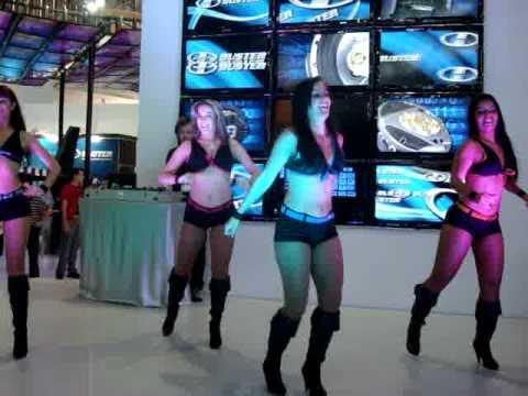 Dançarinas da BUSTER no Salão do Automovel 2010