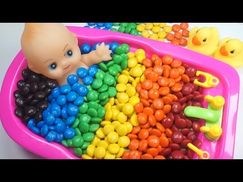 Baby Doll Bath Time With M&M Candy Learn Colors Ball Pit Show Surprise Toys Egg