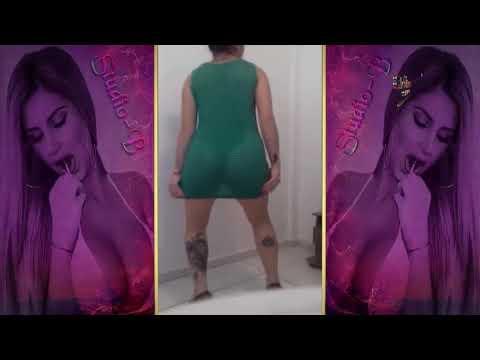Funk Gostosa dançando sem calcinha