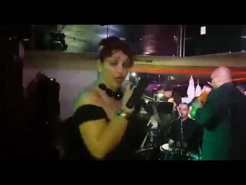 Tamara Morales la Faraona del Son cantando Tres Días de Carnaval