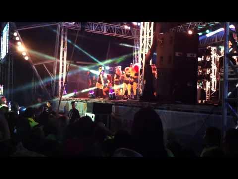 Anitta - Medley Funk - Cabo Frio RJ 05 01 14