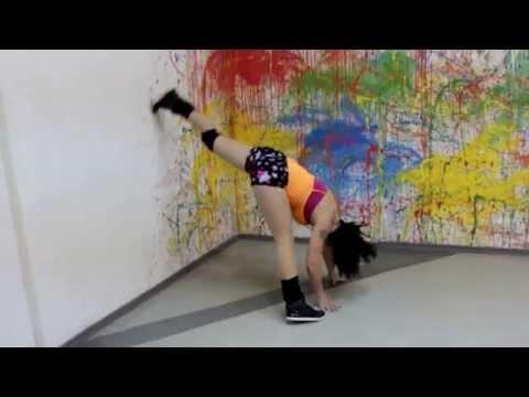 Twerk & Booty Shake Dance Contest Maria Mom