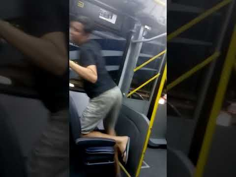Jerry Smith no ônibus