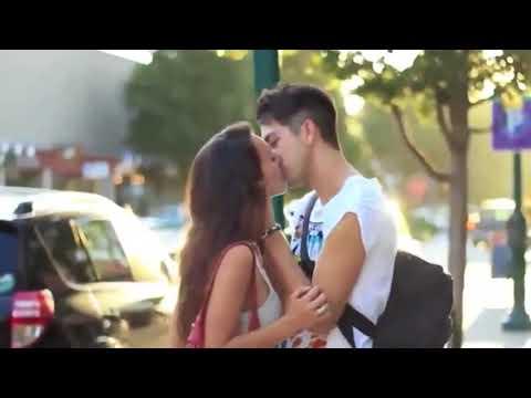 Pegadinha beijando mulheres Super gatas Sé Rir eu ganho um beijo HD HQ Kissing Pranks Of 2015 2018