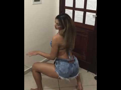 Só pra atualizar - Samara Andrade - Menina brava Galeguinha dançando funk de biquíni loira gostosa