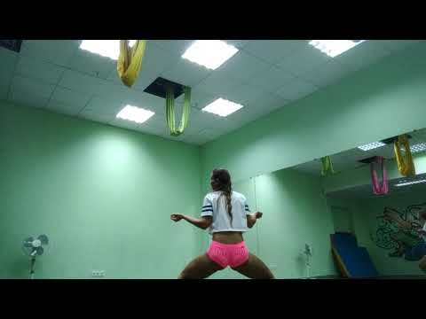 NinaJH booty dance twerk 3