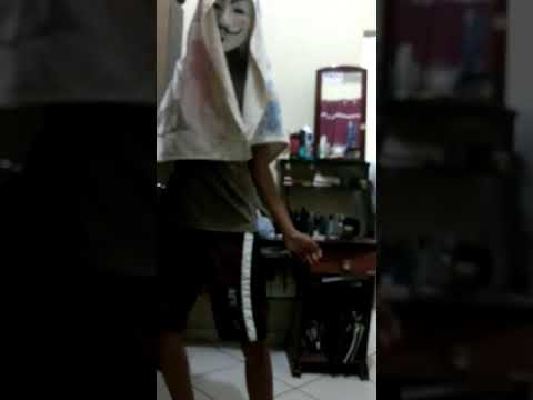 homem mascarado dançando harry porra e a bruxinha rabuda ORIGINAL 2