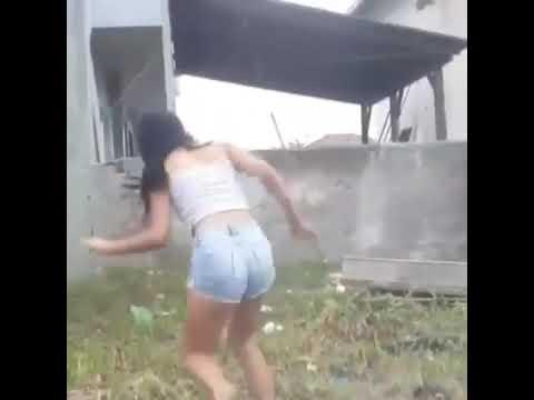 Sexy booty shake by Brazilian girl crazy twerk twerk