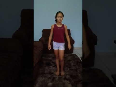 Dançando Paradinha Anitta