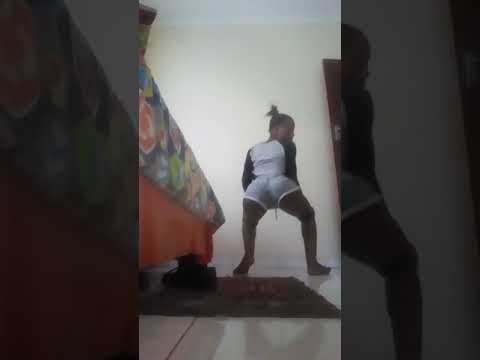 How to twerk small booty