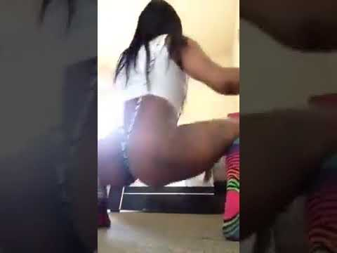 Nasty Twerk girls big booty shake 76