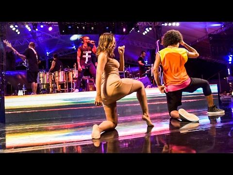 Anitta dançando 'Nova Paradinha' com Harmonia do Samba A MELHOR SEGUNDA FEIRA DO MUNDO 2017