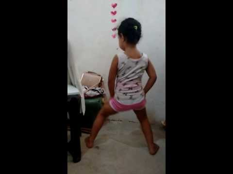 Parara Tibum Menina de 3 Anos Incrível