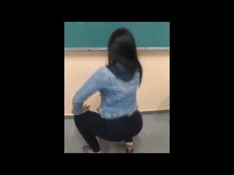 mulher dançando de calça legging12 novinha funkeira 2